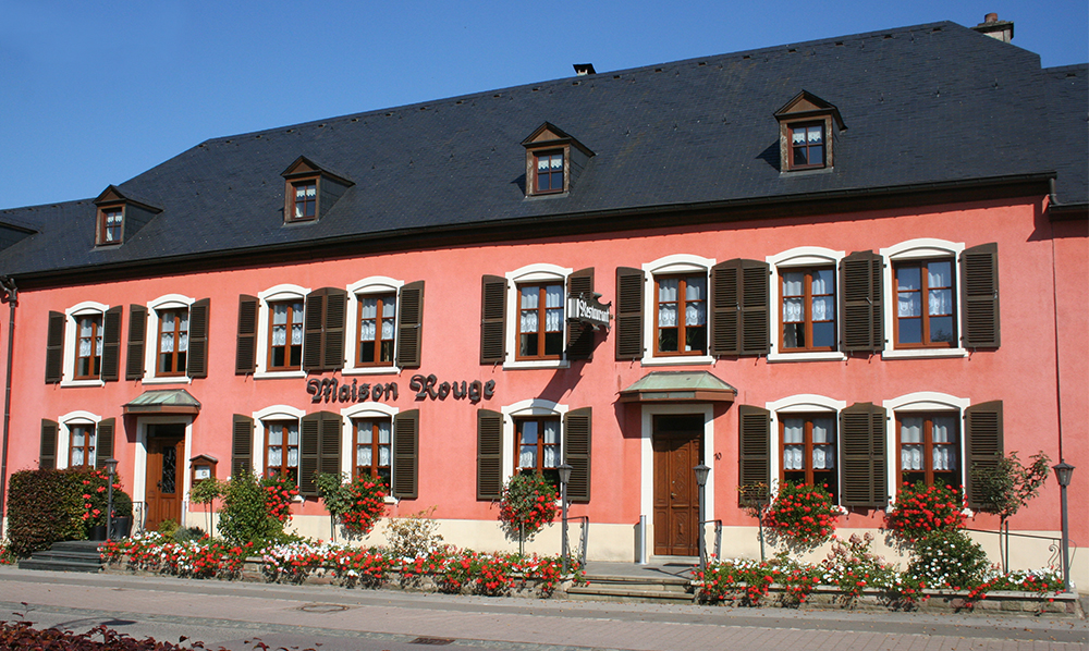 restaurant Maison Rouge Saeul extérieur façade