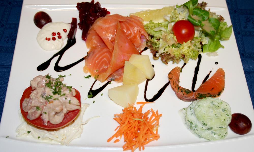 restaurant Maison Rouge Saeul menu entrée poisson crustacés