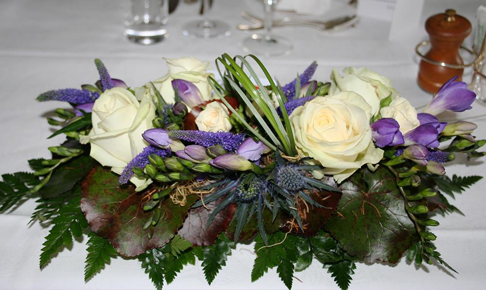 restaurant Maison Rouge Saeul table décoration fleurs