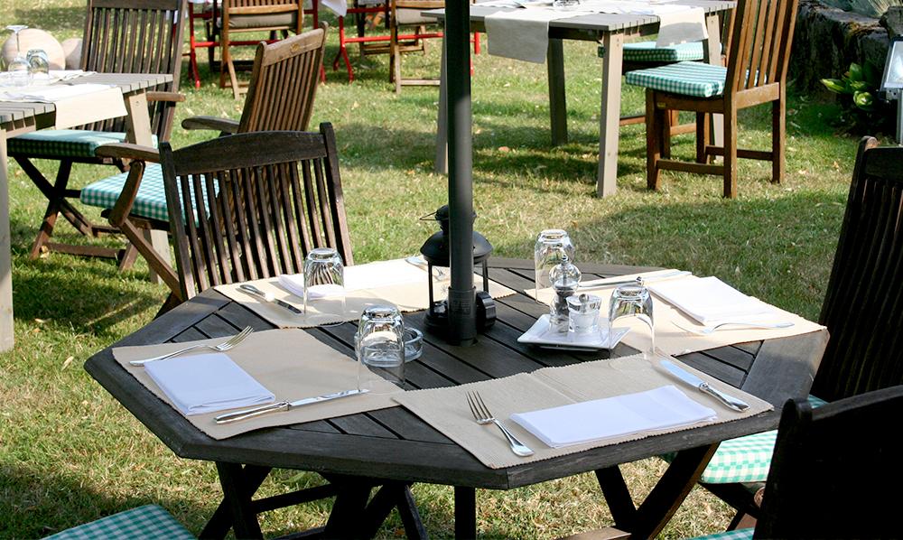 restaurant Maison Rouge Saeul terrasse jardin